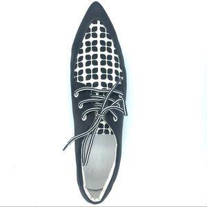 Pointe Boutique Shoes - Geometric Floral Retro Printed Satin Oxfords